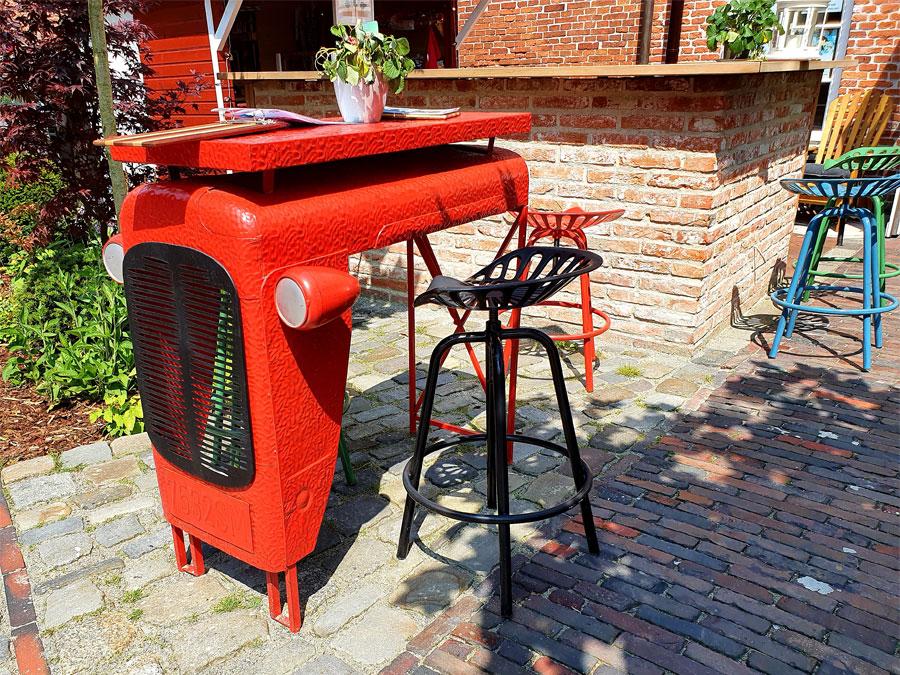 "Bar Stehtisch rot ""Traktor"" Massey Ferguson MF 35"